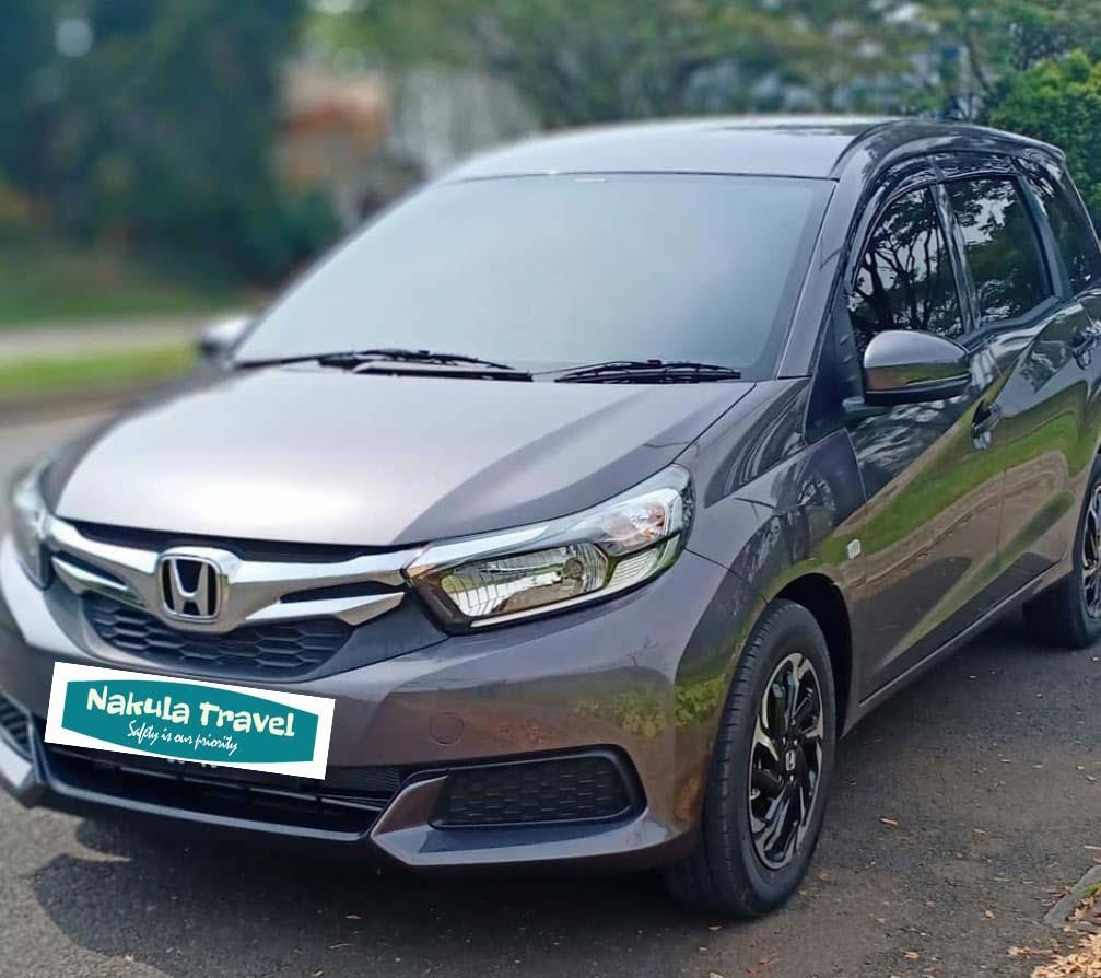 Mobil Honda Mobilio Nakula Travel Semarang